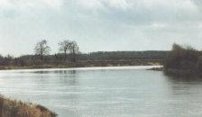 река Клязьма ниже Усада